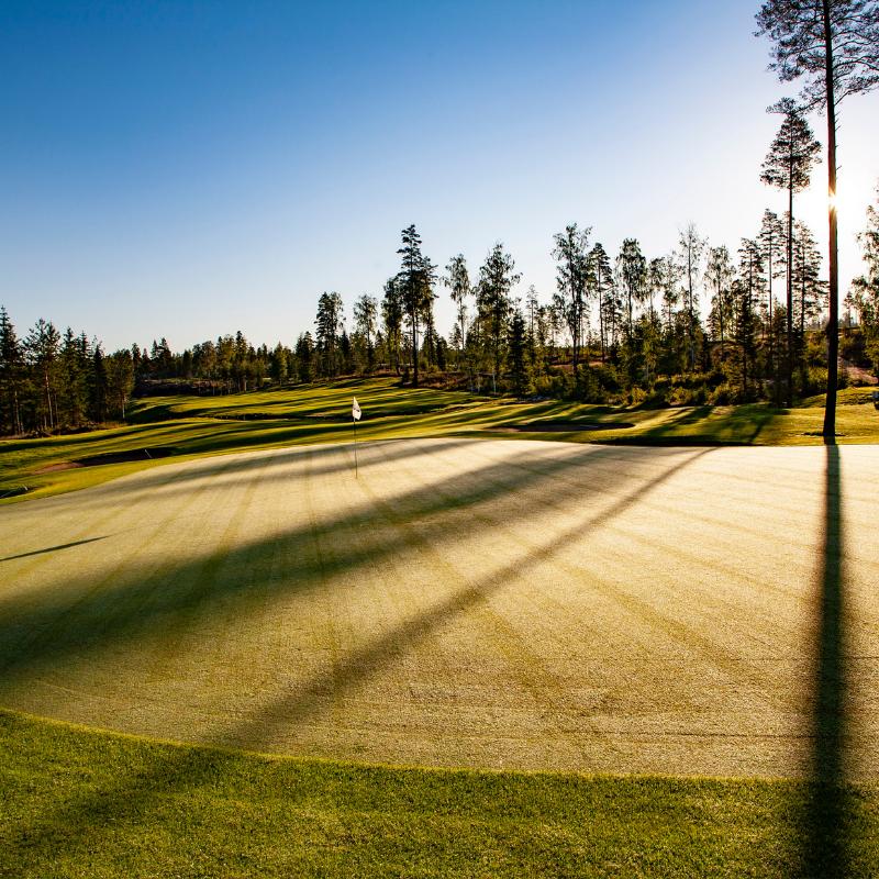 Hirsala Golf - Aamuysi kahdelle