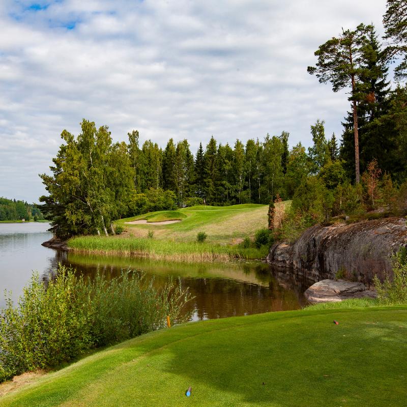 Hills by GoGolf / Kurk Golf: Juhannustarjous green fee kahdelle